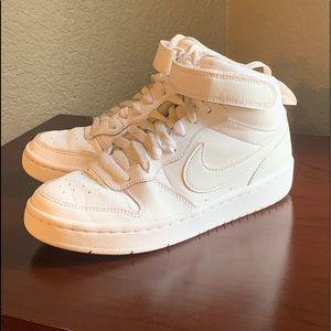 Girls White Basketball Nike